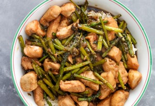 Chicken and asparagus Rice Bowl (1 of 1)