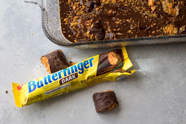 Loaded Butterfinger Dark Brownies-2