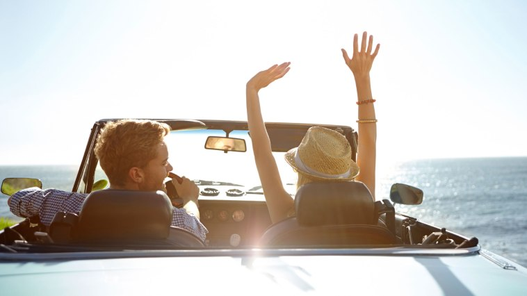 LXP - Lifexpe - hands up Travelling vacation Wonderful Reasons Why You Should Travel More