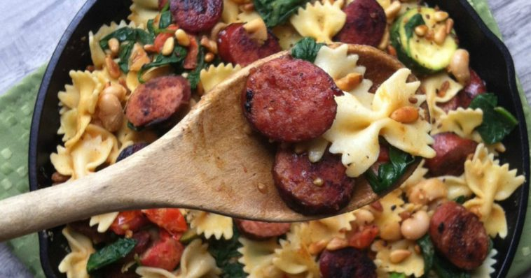 LXP Lifexpe - Life Experience in nutrition foods and healthy food Smoked Sausage White Bean and Spinach Pasta