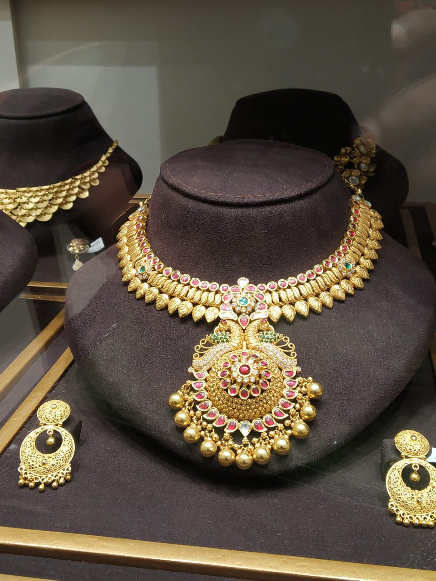 Traditional Kerala Gold necklace buy from God's own country.