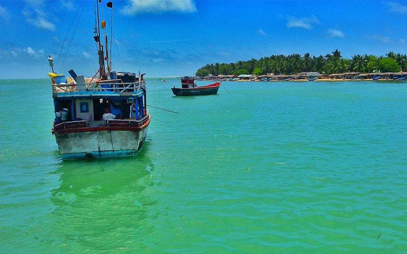 Boat Trips Sri Lanka