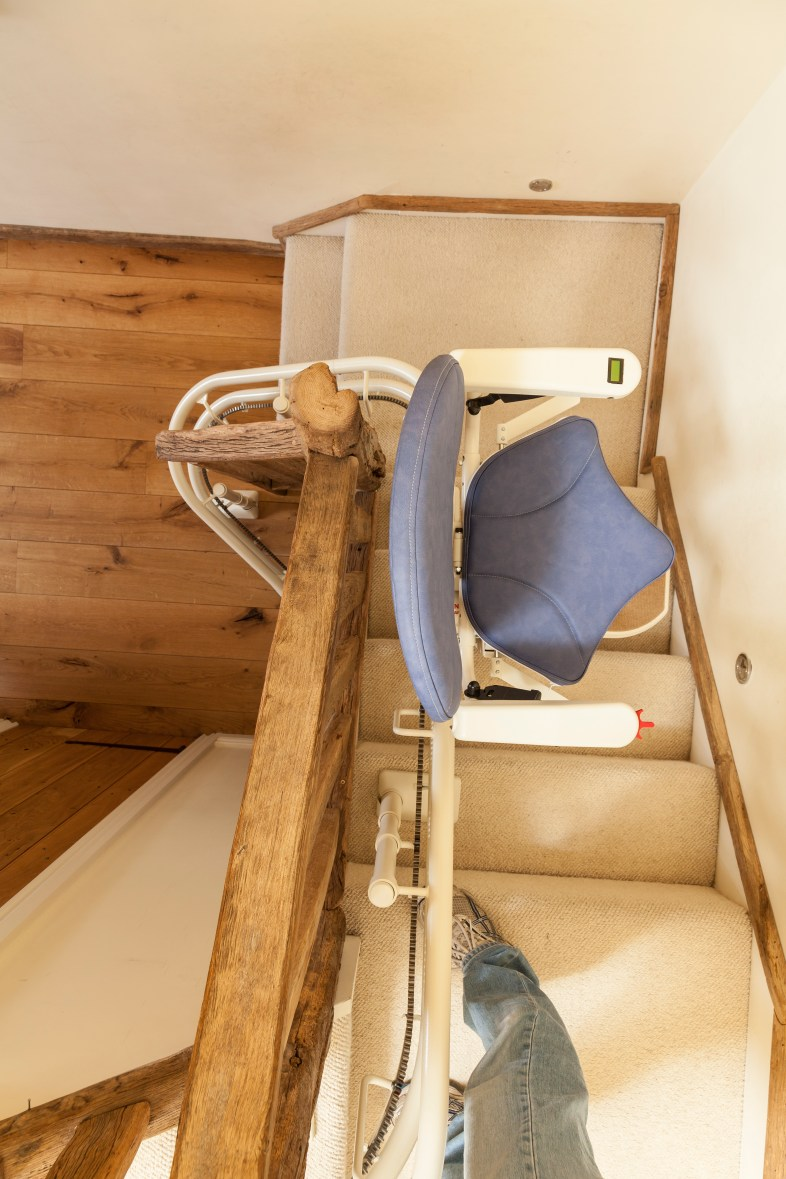 20120321_PlatinumStairlifts_0358