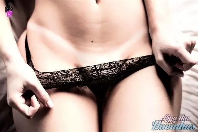 mily-cunha-nua-pelada-46