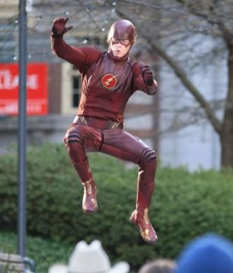 The-Flash-bastidores-12Mar2014-29