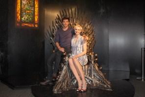 """""""Víbora Vermelha"""" e Brienne de Tarth no Trono de Ferro"""