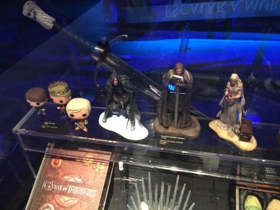 Alguns colecionáveis de Game of Thrones