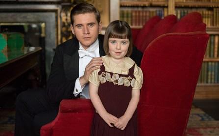 Tom Branson e sua filha, Sybbie (Fifi Hart)