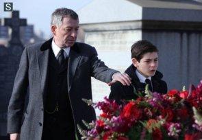 Gotham-S01E01-03
