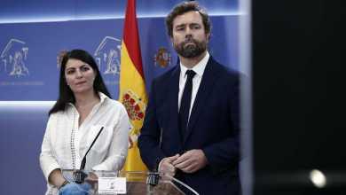 صورة اسبانيا : الحزب اليميني المتطرف يشكو جنائيا المسؤولين عن المشتريات الصحية الحكومية