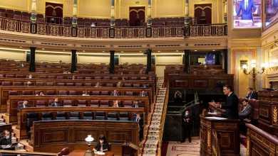 صورة أخيرا وافق الكونجرس الإسباني على التمديد السادس والأخير لحالة الإنذار وغضب شديد لتصرفات وزير الداخلية