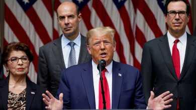 صورة ترامب يتهرب من السيناريو الولايات المتحدة تغلبت إلى حد كبير على الوباء وتفتخر بـقوة اقتصادها