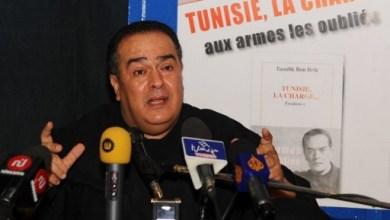 صورة تونس: الحكم على صحفي بالسجن يقوض بشدة حرية التعبير