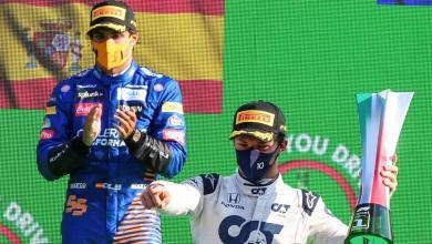 صورة فاز بيير جاسلي الإيطالي في السباق الفورمولا 1 بالجائزة الكبرى وحقق كارلوس ساينز الإسباني المركز الثاني