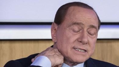 """صورة برلسكوني رئيس وزارء إيطاليا السابق يمر بمرحلة """"حساسة"""" بإصابته بفيروس كورونا"""