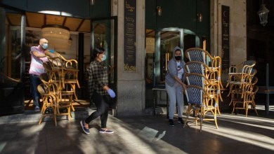 صورة فرنسا تمدد حظر التجول إلى 46 مليون مواطن بعد تسجيل أكثر من 41 ألف إصابة يومية