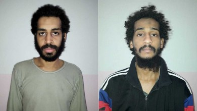 صورة تنفيذ العقوبة علي إرهابين بريطانيان من تنظيم الدولة الإسلامية المزعومة داعش بقتل رهائن أمريكيين