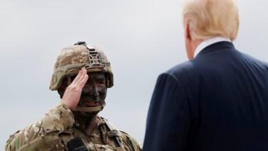 صورة يتوقع القادة العسكريون أن يصدر ترامب أوامر بسحب القوات من أفغانستان والعراق