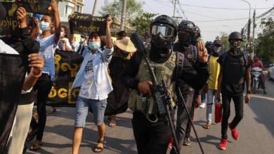صورة قمع قوات الأمن البورمية في باجو تسبب في قتل ما لا يقل عن 82 شخصًا ويقدر منذ الانقلاب 701 قتيلاً وأكثر من 3000 معتقل
