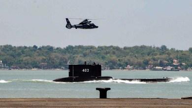 صورة إندونيسيا تشتبه في مقتل 53 من أفراد طاقم الغواصة المفقودة