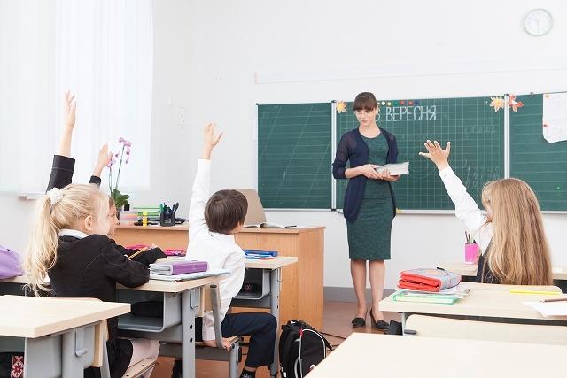 教師 03