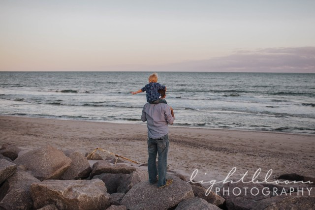 Fort Fisher Maternity Photographer