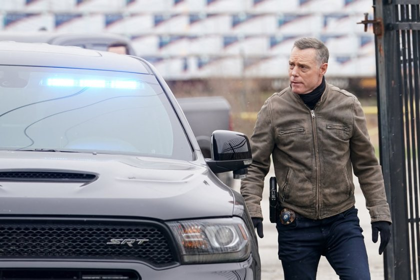 """CHICAGO P.D. -- """"The Right Thing"""" Episode 815 -- Pictured: Jason Beghe as Hank Voight -- (Photo by: Lori Allen/NBC)"""