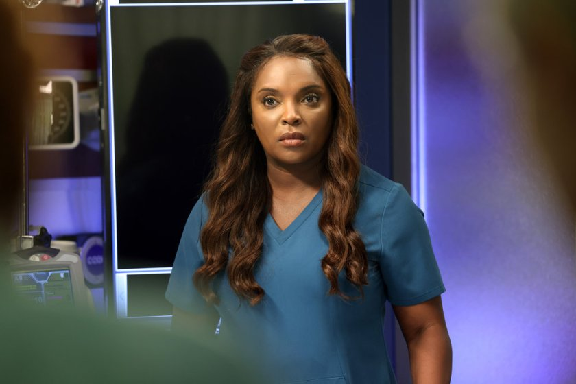 """CHICAGO MED -- """"You Can't Always Trust What You See"""" Episode 701 -- Pictured: Marlyne Barrett as Maggie -- (Photo by: George Burns Jr/NBC)"""