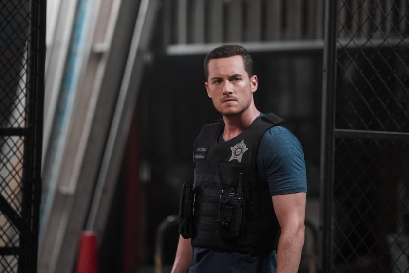 """CHICAGO P.D. -- """"Closure"""" Episode 901 -- Pictured: Jesse Lee Soffer as Jay Halstead -- (Photo by: Lori Allen/NBC)"""