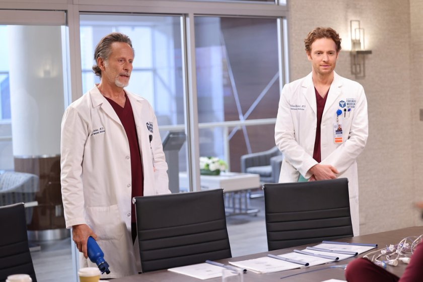 """CHICAGO MED -- """"Status Quo, aka The Mess We're In"""" Episode 704 -- Pictured: (l-r) Steven Weber as Dr. Dean Archer, Nick Gehlfuss as Dr. Will Halstead -- (Photo by: George Burns Jr/NBC)"""