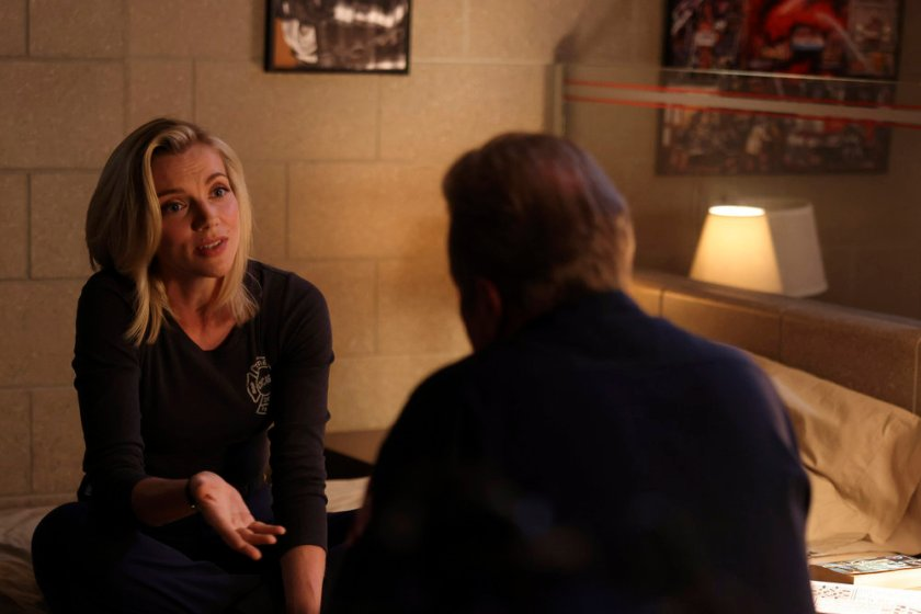 """CHICAGO FIRE -- """"The Right Thing"""" Episode 1004 -- Pictured: (l-r) Kara Killmer as Sylvie Brett -- (Photo by: Adrian S. Burrows Sr./NBC)"""