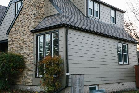 Winnipeg home with hardie and stone feature