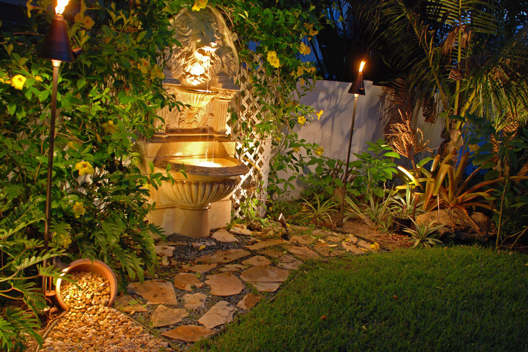 Water fountain feature and lamps