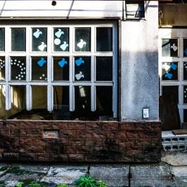 Broken window shop