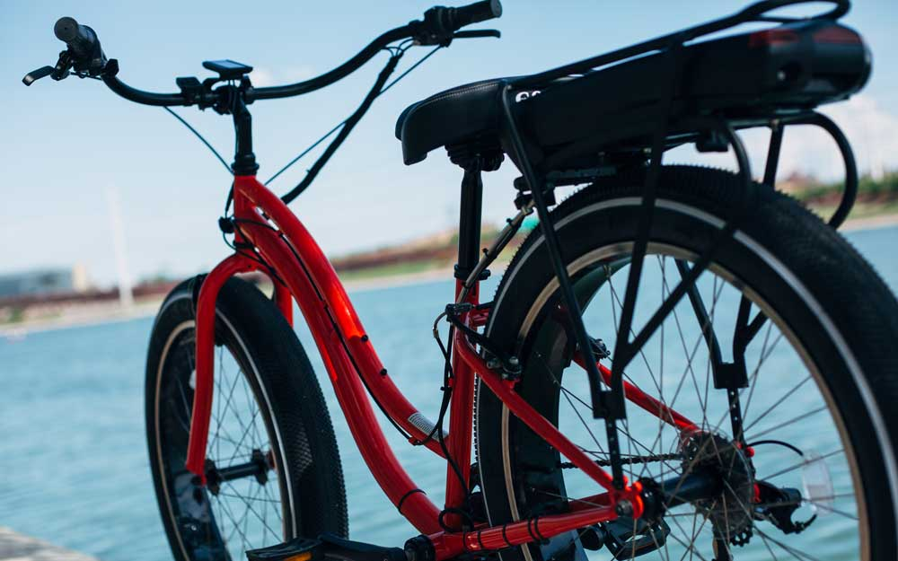 The Electra Townie® Go! is an easily accessible electric bicycle with a surprising amount of power. It'll