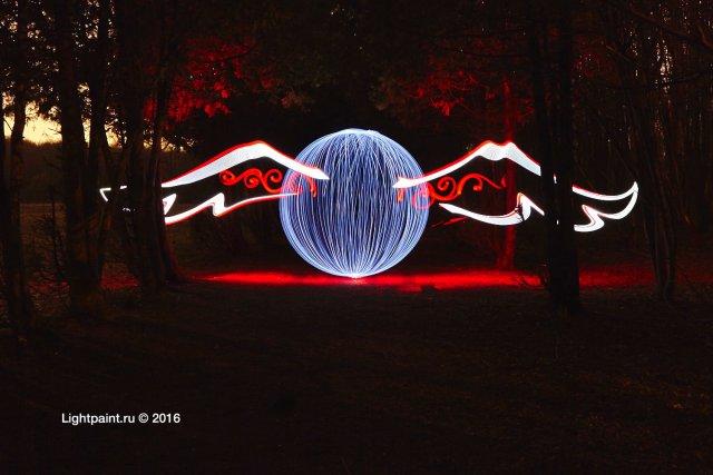Lightpaint orb by @yo_hoho