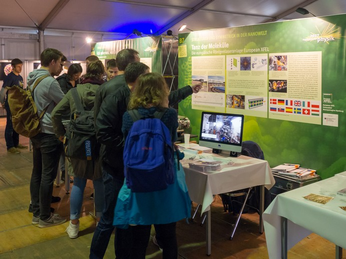 European XFEL at 'Highlights der Physik'