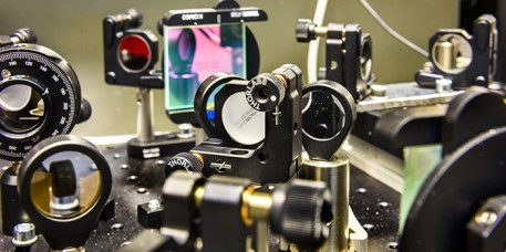 Lenses and mirrors in MAX IV laser lab in Lund (Sweden). (Credit: K. Ruona/MAX IV Laboratoy))