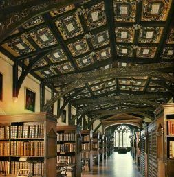 8-Duke Humfrey's library