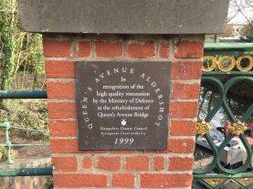 3-Queen's Avenue Bridge