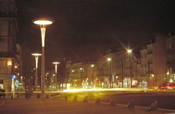 Cours des 50 Otages, Nantes, Maitrise d'oeuvre: Rota, Fortier, Bloch, Concepteur lumière: R. Narboni, Photo: V. Laganier