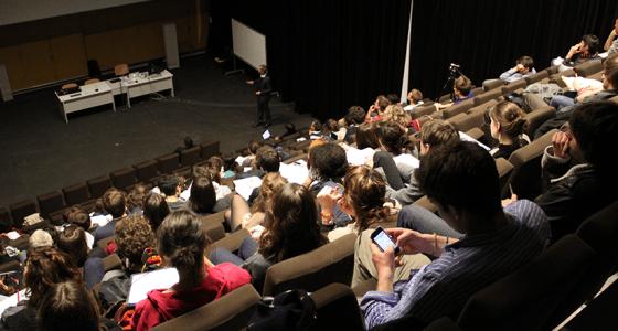 Auditorium, ensa Nantes, conférence Micheal F. Rohde, conception lumière, espace de travail et de santé, 1er mars 2012