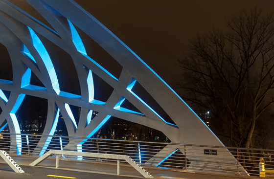 Pont Hans-Wilsdorf, Tubular Twilight, Genève, Suisse - Photo : Michel Djaoui