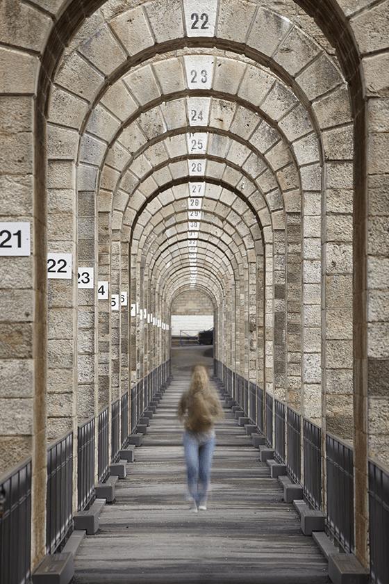 Implantation de l'éclairage sur la promenade, viaduc de Chaumont, Haute-Marne, France – Conception lumière : Jean-François Touchard – Photo : Didier Boy de La Tour