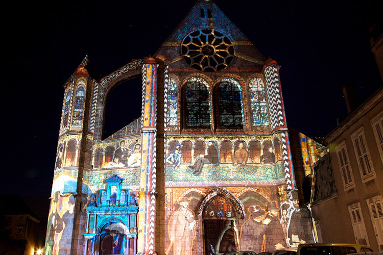 Chartres-en-Lumières---Saint-Aignanlight-Copyright-conception-artistique-Xavier-de-Richemont-Paris-Photographe-M.-Anglada---Copie