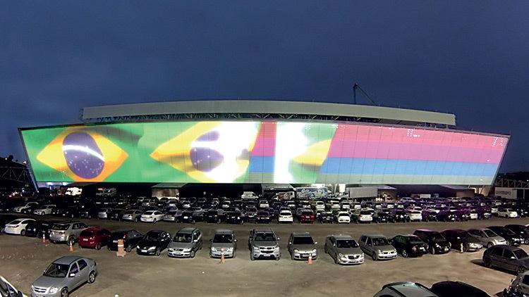 Stade Arena Corinthians, facade, Sao Paulo, Bresil © Osram