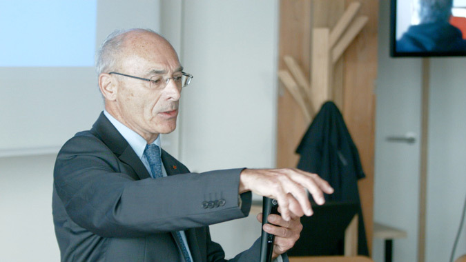 Professeur Christian Corbé - Lumière et perception, Rencards ACEtylène 2014, Nantes - photo : Marc Linnhoff