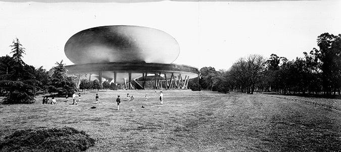 Amancio Williams, Salle pour le spectacle plastique et le son dans líespace, 1942-1953 © Archivo Williams, Buenos Aires, avec la permission de Claudio Williams
