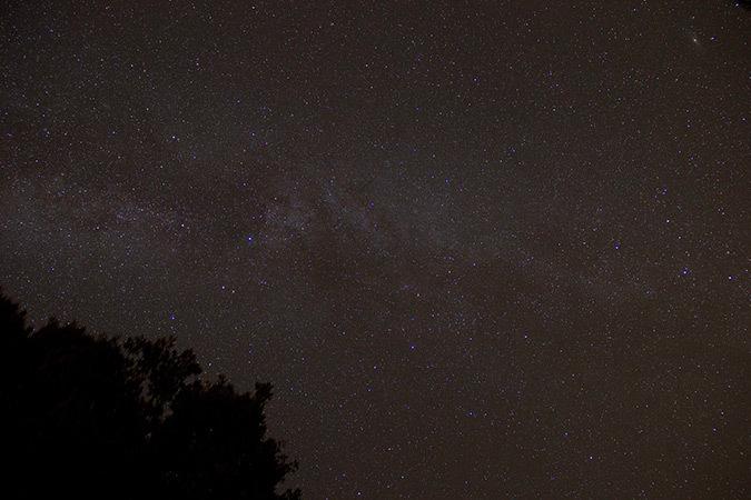Ciel-nocturne-en-été---Photo-Roland-Lehoucq