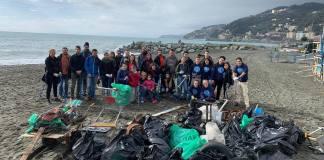 Voltri spiaggia pulita Genova Cleaner